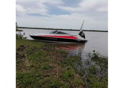 ($12500 DOLARES ) Exelente embarcacion posible permuta, modelo 2017(esta nueva)