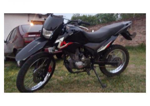 VENDO ZANELLA ZR 200CC